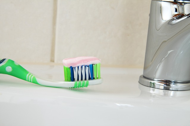 Fluoride in everyday toothpaste