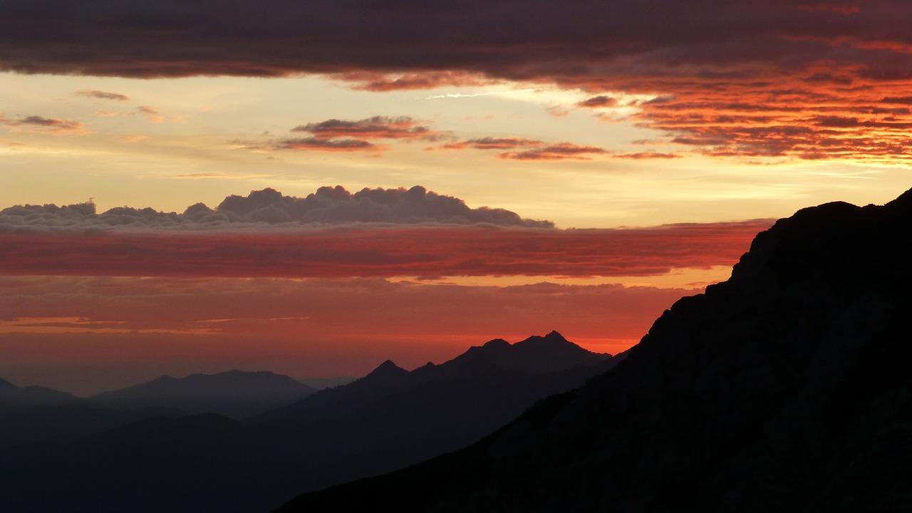 sunrise-453735_1280
